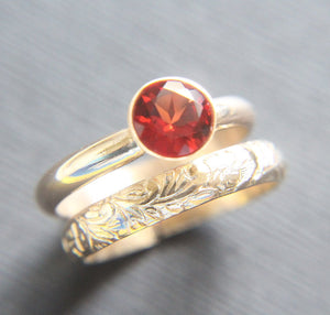 14K Red Labradorite Ring