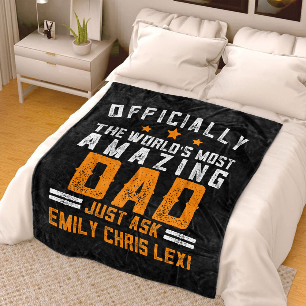 The World's Most Amazing Dad Custom Fleece Blankets with Names Perfect Birthday Holiday Gifts for Dad Uncle & Grandpa