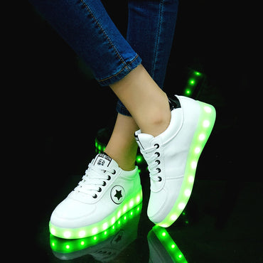 2019 USB Charging Sneakers with Backlight Glowing Sneakers with Luminous Sole Lighted Kids Shoes for Girls Luminous Sneakers
