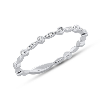 Alternating Bezel Solitaire Diamond Stacking Ring