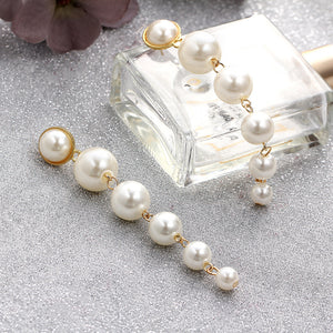 Simplistic Pearl Earrings - TopNotch{C}
