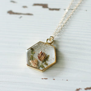 Sparkly Flowers in Resin Hexagon Necklace in Gold