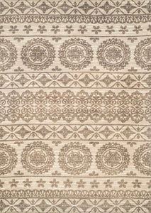 United Weavers  Chenille  Vintage  1515 40190  Cream  Area Rug