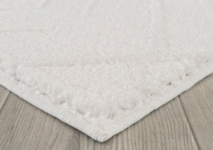 United Weavers  Mystique  Aisling  1955 02399  White  Area Rug