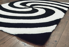 United Weavers  Finesse  Pinnacle  2100 21770  Black  Area Rug