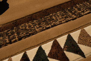 United Weavers  Designer Contours Donna Sharp  Woodcut Bear  516 29659  Toffee  Area Rug