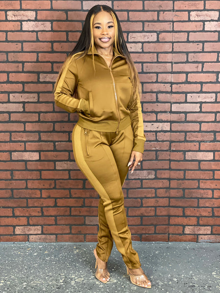 Bold Moves Tracksuit (Coffee)