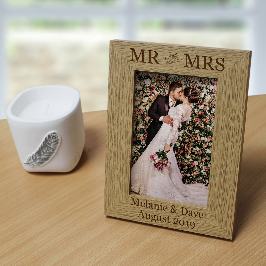 Mr & Mrs Wooden 6x4 Frame