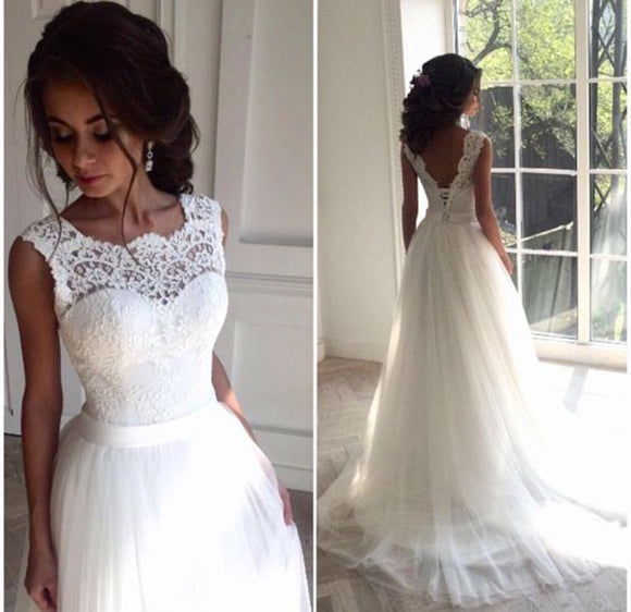 A Line Lace Beach Wedding Dress Scoop Neck White Bridal Gown Tulle Skirt Chapel Train