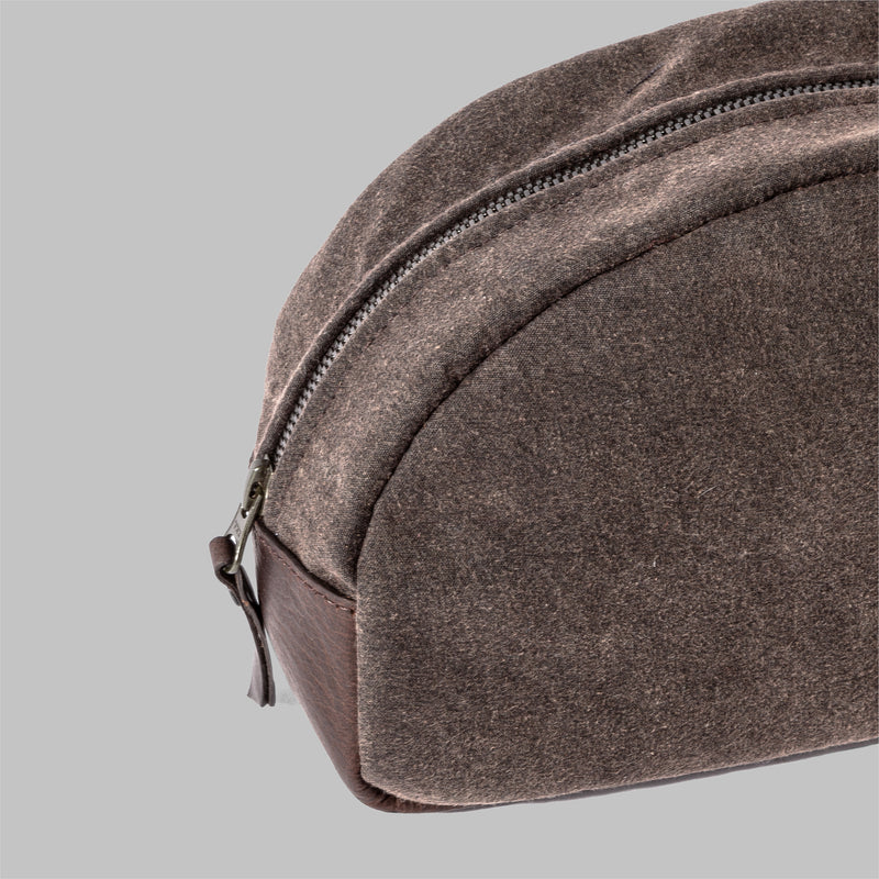 Asterley | Waxed Cotton Wash Bag | Thorndale, UK