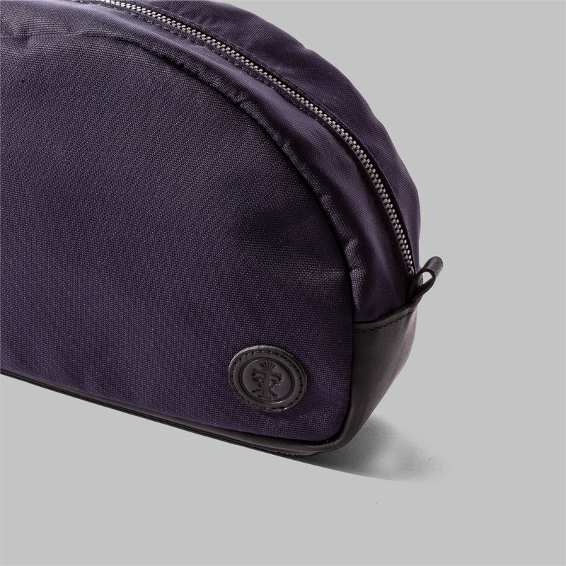 Asterley | Ladies Waterproof Navy Wash Bag | Thorndale, UK