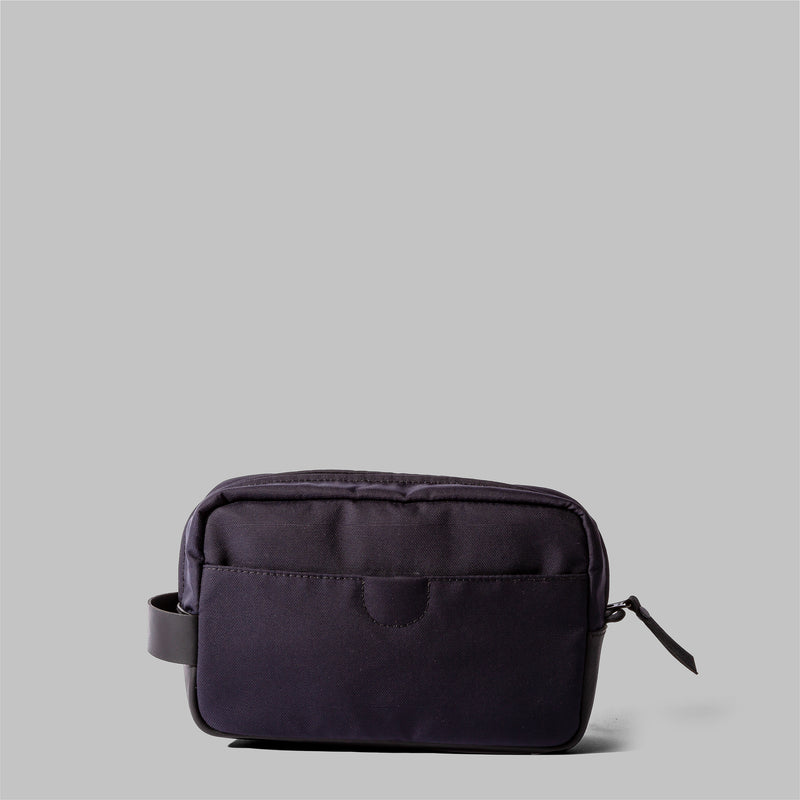 Brindley | Mens Navy Nylon Wash Bag | Thorndale, UK