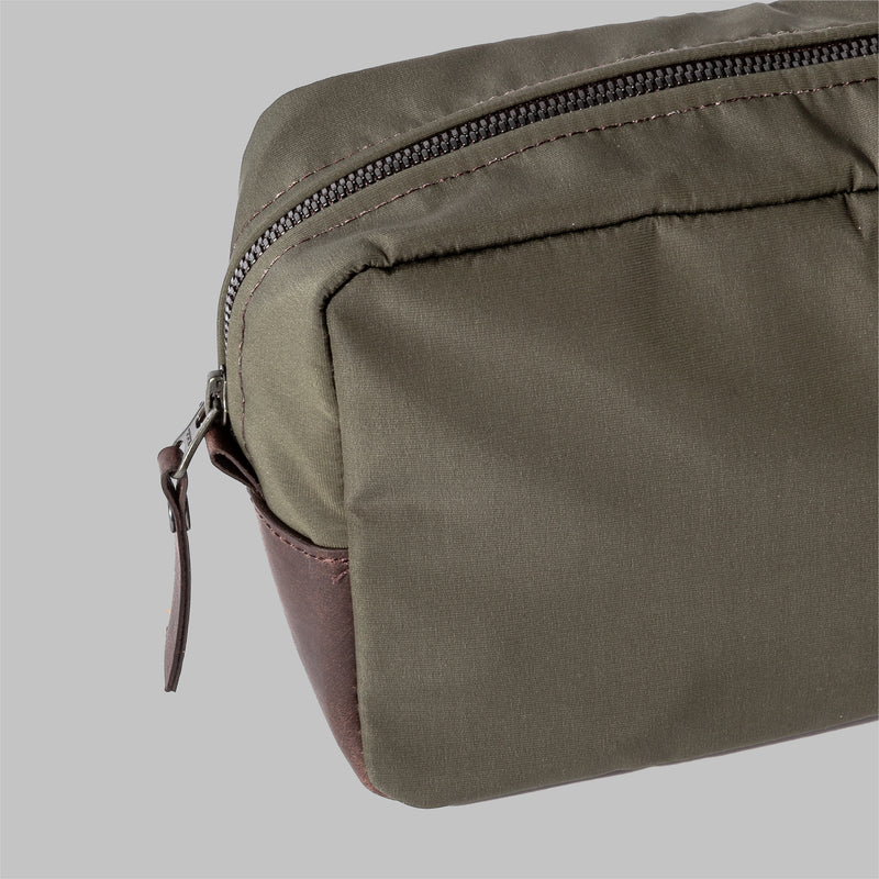 Brindley | Mens Olive Green Nylon Wash Bag | Thorndale, UK