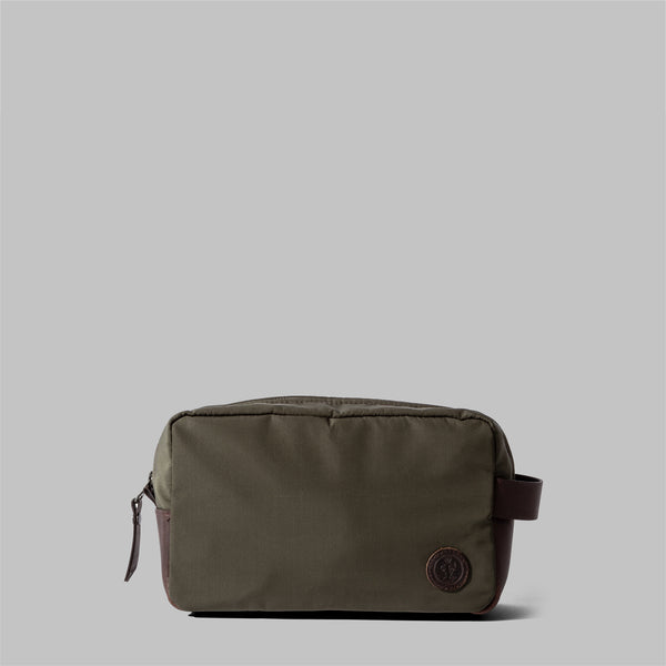 Brindley | Mens Olive Green Nylon & Leather Wash Bag | Thorndale, UK