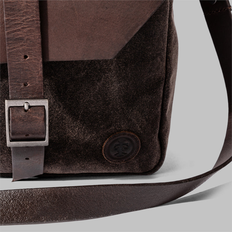 Mens Brown Waxed Cotton Messenger Bag | Thorndale, UK