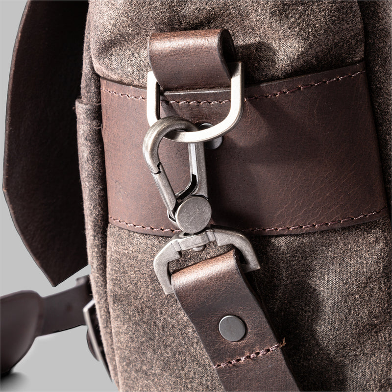 Portland | Mens Brown Waxed Messenger Bag | Thorndale, UK