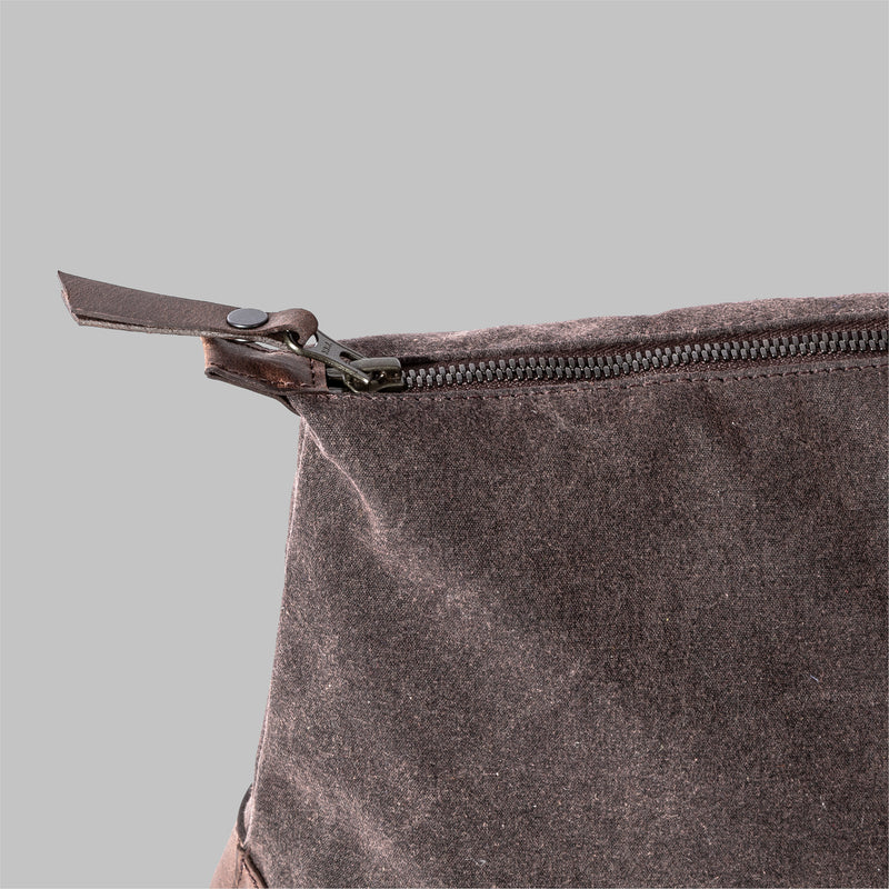 Silverdale | Womens Brown Wash Bag | Thorndale, UK