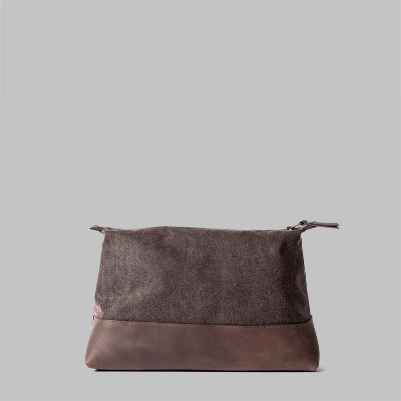 Silverdale | Womens Brown Waxed Cotton Wash Bag | Thorndale
