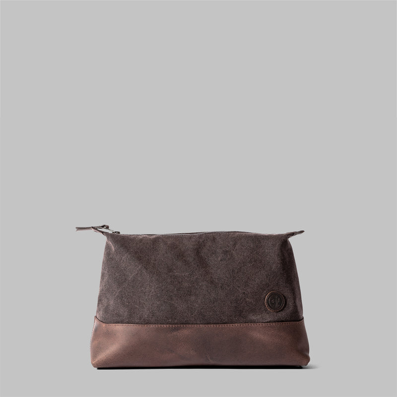 Silverdale | Womens Brown Waxed Cotton Wash Bag | Thorndale, UK