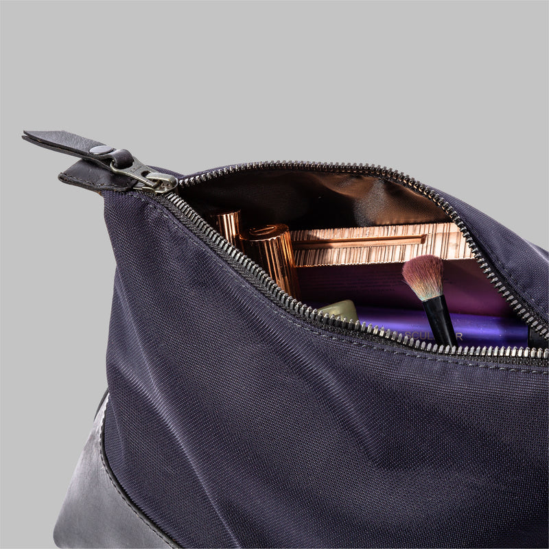 Silverdale Navy Nylon Wash Bag