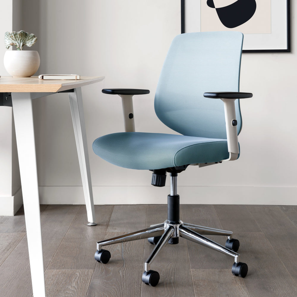 Seat Color:Sky Blue; Frame Color:White