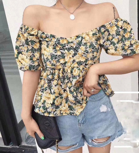 New: LAUREN Top