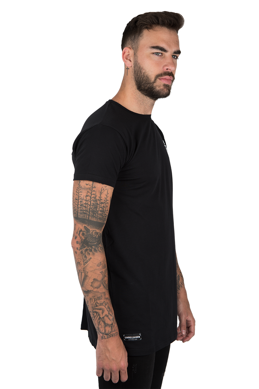 BASIC T-SHIRT WITH PLEAT BLACK
