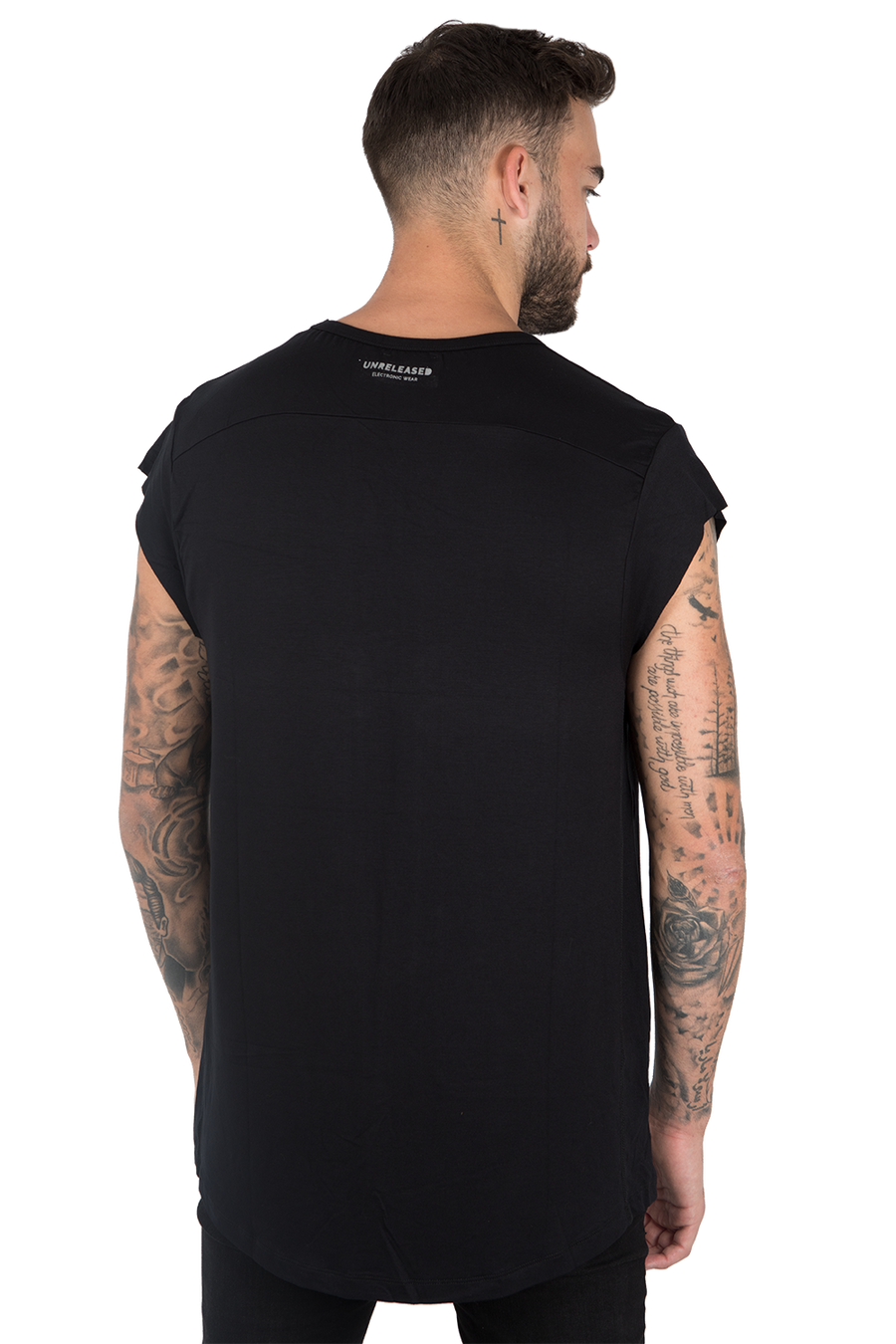 CUTTED SLEEVES T-SHIRT - BLACK