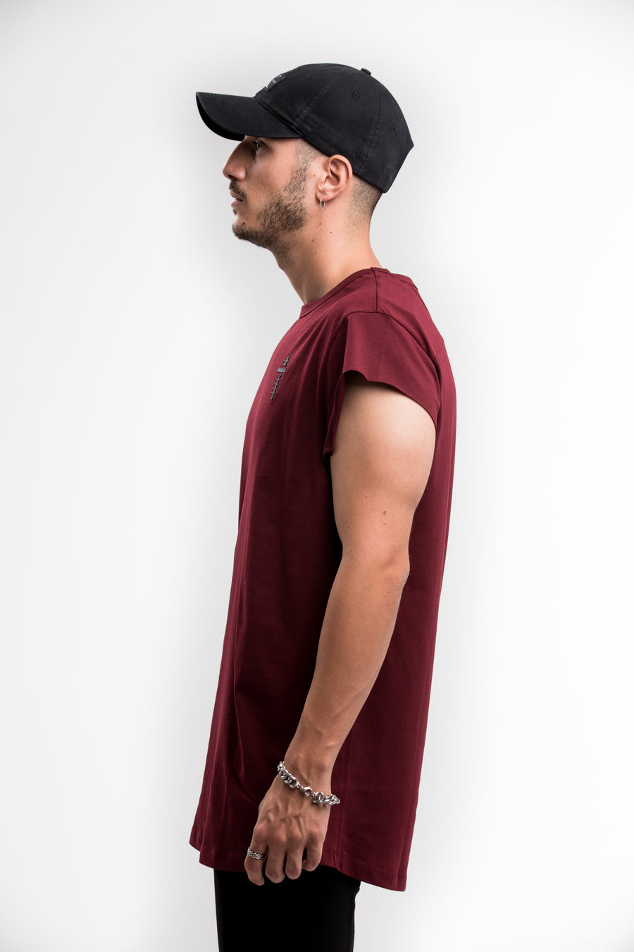 CUTTED SLEEVES T-SHIRT – RED