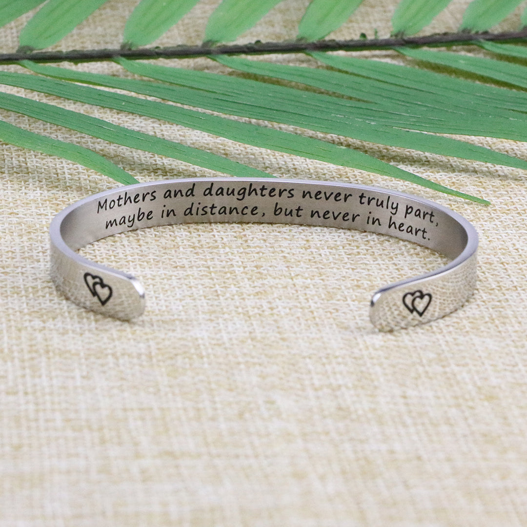 Inspirational Bracelets Gift for Women Mom Girlfriend Cuff Bangle for Her Birthday Christmas Valentine Mother/'s Day Personalized Engraved Mantra for Daughter Wife Friends I Just Really Love You