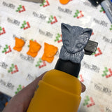 IIH One Handed Cat Knobs (AM) [BULK]