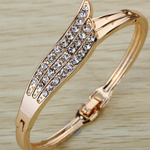Load image into Gallery viewer, Angel Wings Bangle