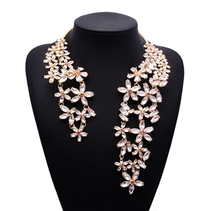 Chunky Crystal Flower Choker Necklace