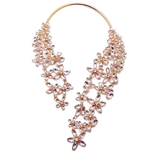 Load image into Gallery viewer, Chunky Crystal Flower Choker Necklace