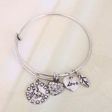 Load image into Gallery viewer, Horse Love Charm Bangle