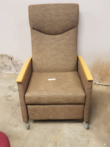 Item #346: solstice recliner