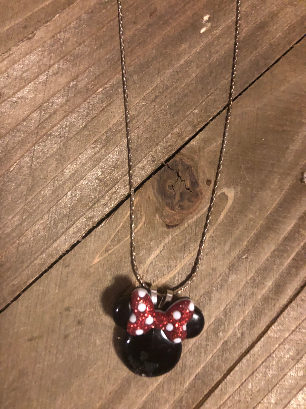 Dainty Silver chain with Minnie Mouse
