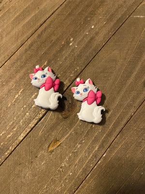 Aristocats Marie Post Earrings(3 poses to choose from)