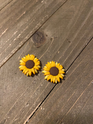 Sunflower Post Earrings--A ray of Sunshine