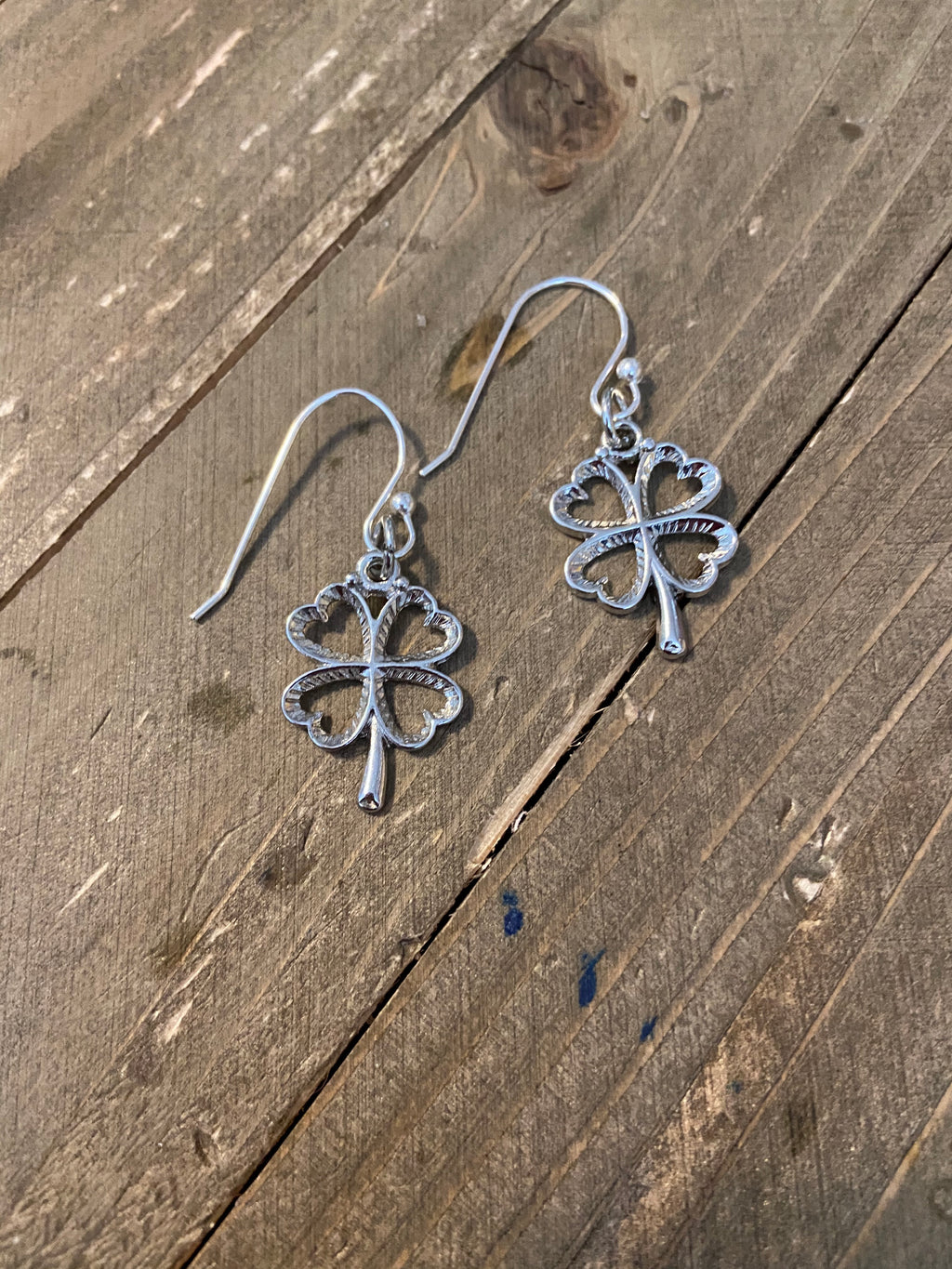 Silver Shamrock wire earrings