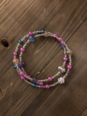 Beautiful multicolored beaded memory wire necklace