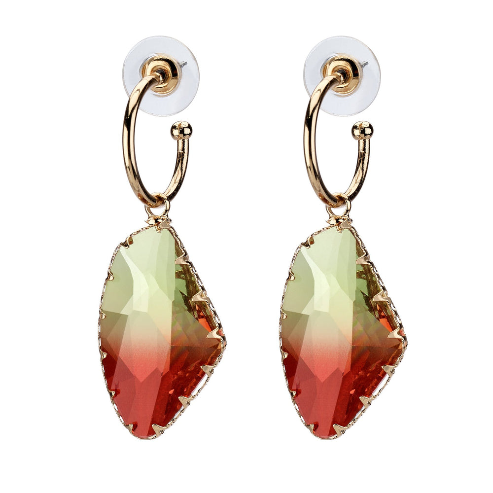 Faceted glass drop earring.
