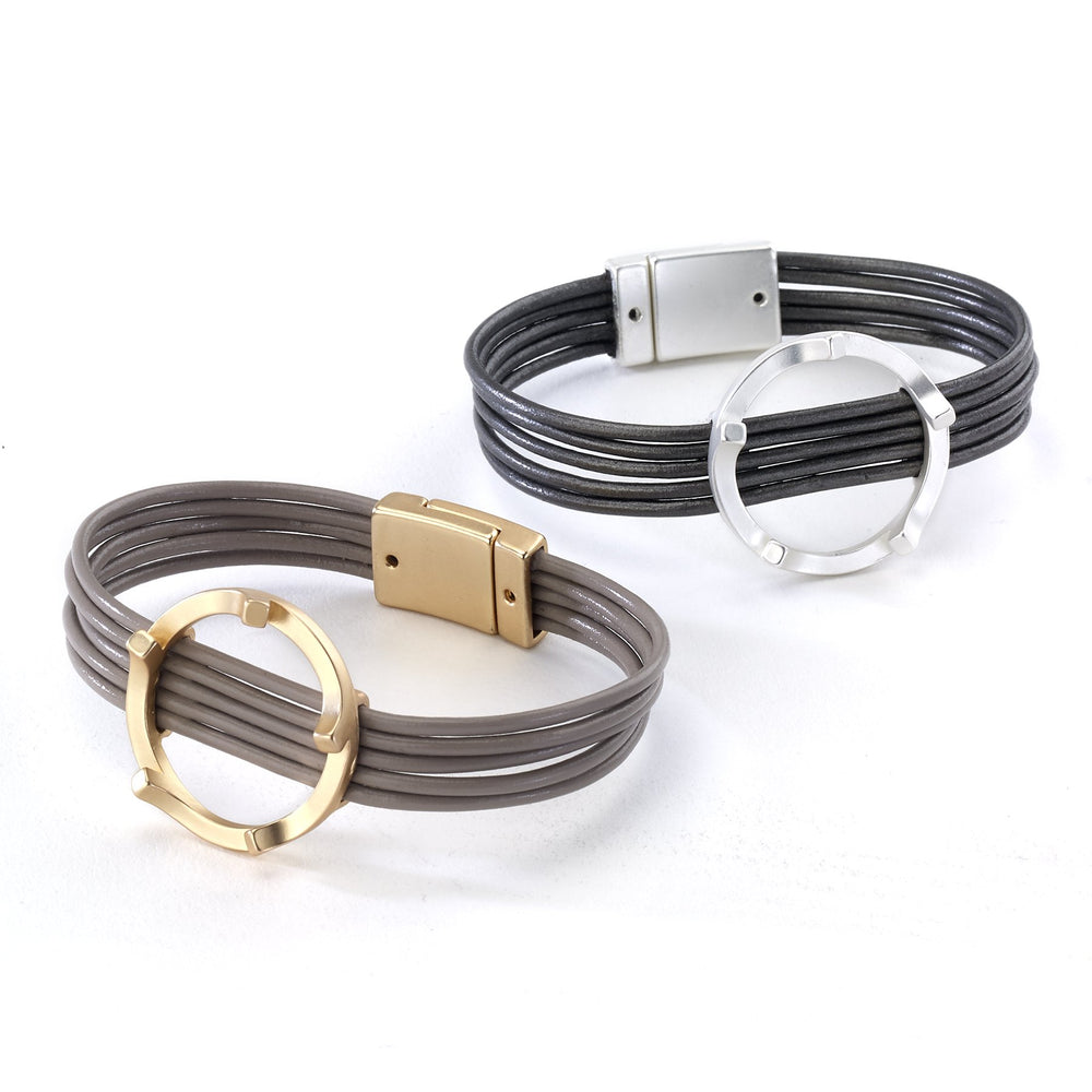 Leather bracelet with modern ring magnetic closure