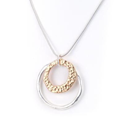 Chain necklace with double ring pendant