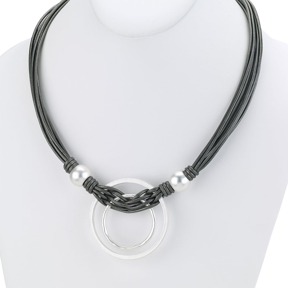 Leather necklace short with double circle pendant silver