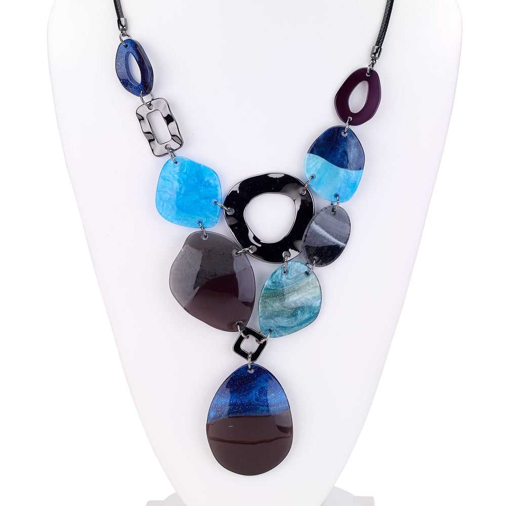 Resin necklace with large resin stations