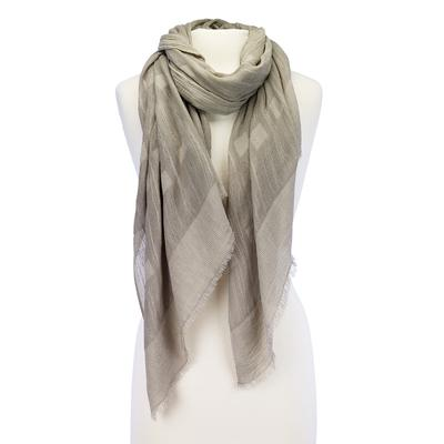 Solid design scarf with suttle squares