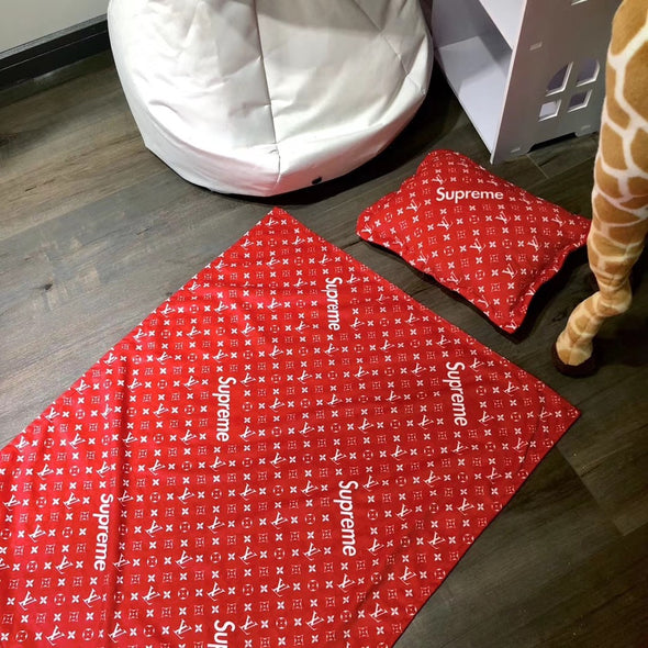 Supreme Red Spring Blanket & Pillow Set
