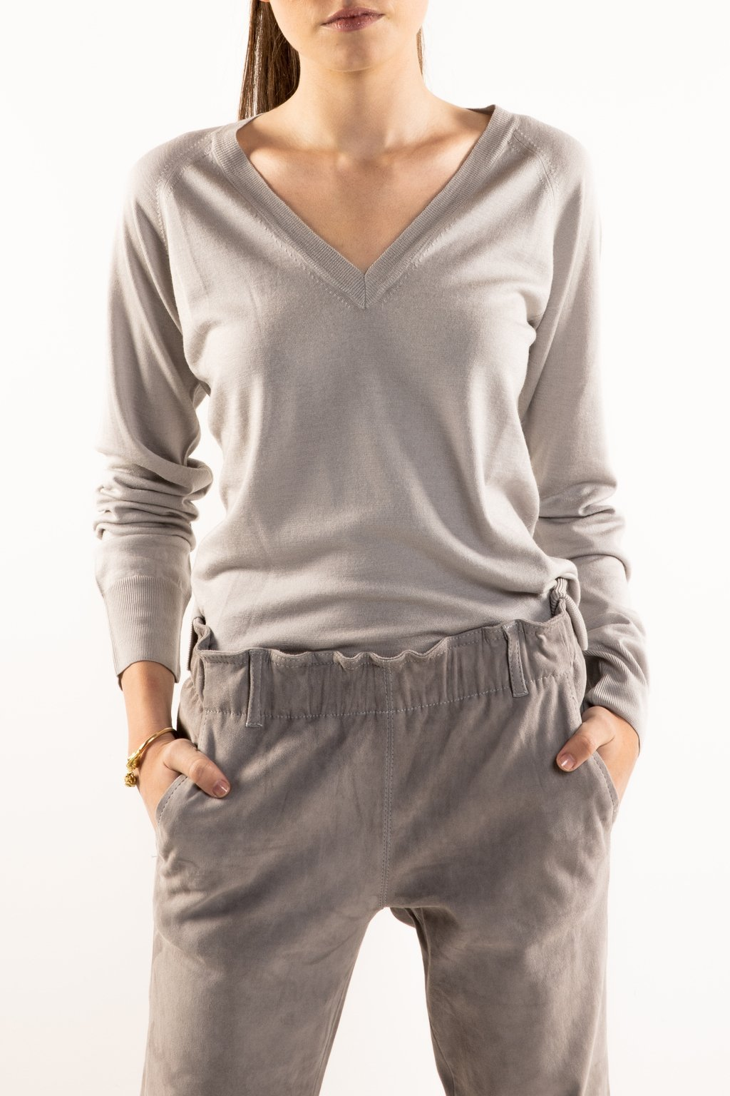V neck Wool Silk Vapour Gray