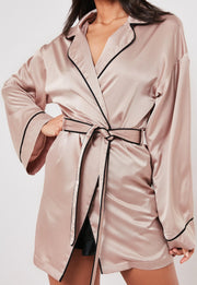 Long Sleeve Satin Piping Kimono Robe
